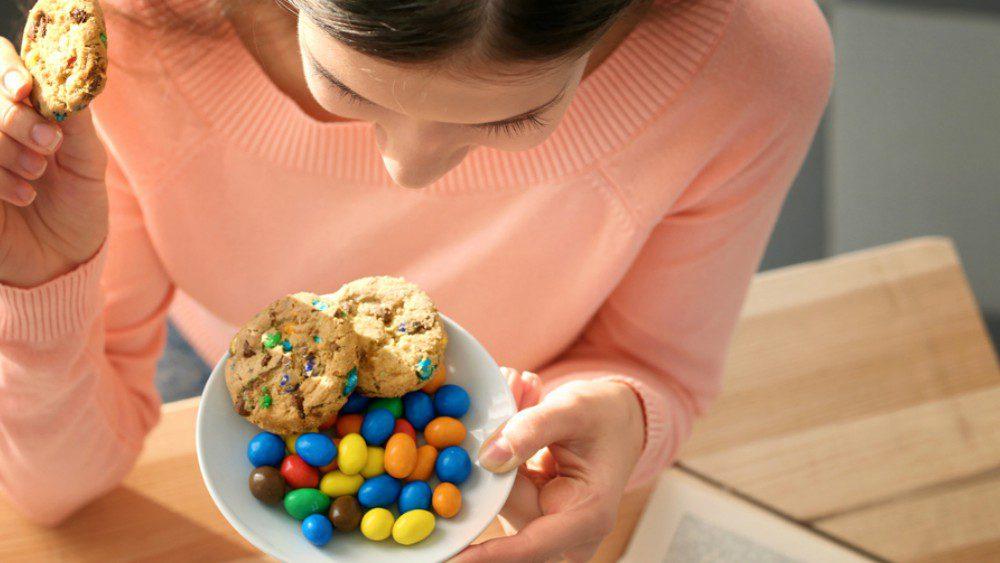 Wie herkent het niet… lekkere trek, al heb je nét je avondeten op. 5 tips speciaal voor jou